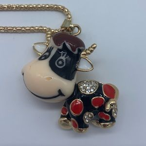 New red&blk enamel w/crystal cow pendant necklace